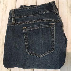 TORRID Plus Size Stretch Skinny Crop Jeans. SZ 16